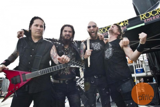 "Machine Head cover Ignite's ""Our Darkest Days + Bleeding"""