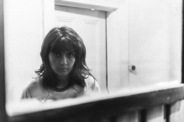 "Courtney Barnett release new song; ""Everybody Here Hates You"""