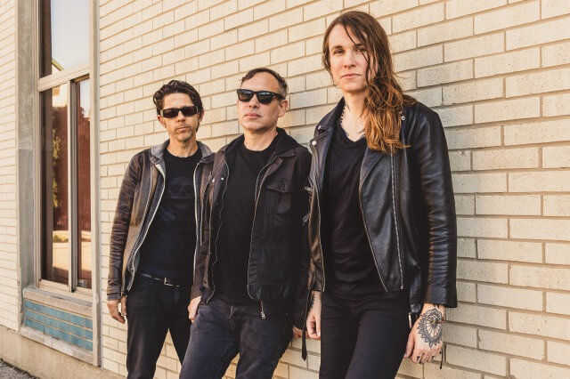 """[Music Video] Laura Jane Grace & the Devouring Mothers """"The Hotel Song"""""""