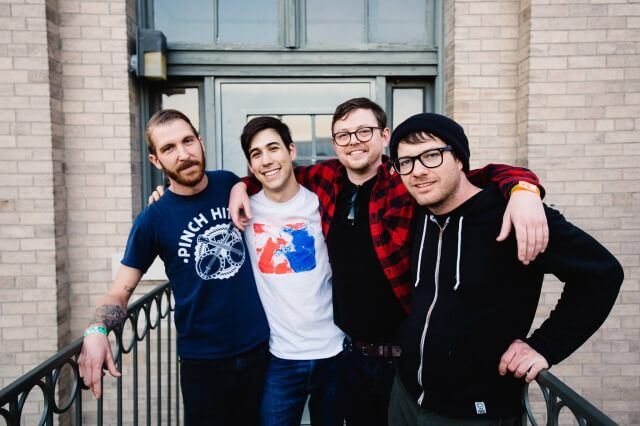 """Signals Midwest release new songs; """"I Used To Draw / Wizard Of Loneliness"""""""