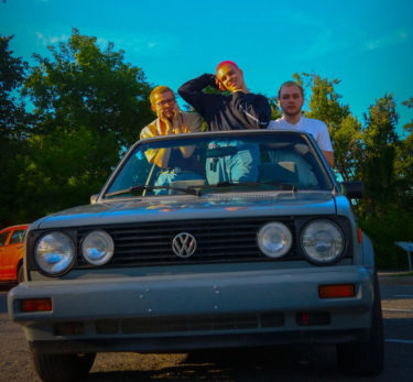 "Dad Sports release new song; ""nrvs again"""