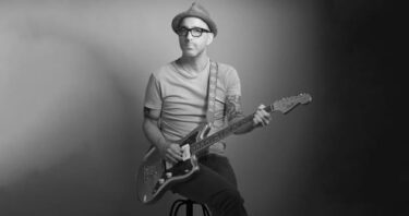 """Dan Andriano & The Bygones release new song; """"Dear Darkness"""""""